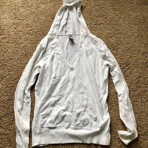 Gap white hooded v-neck sweater